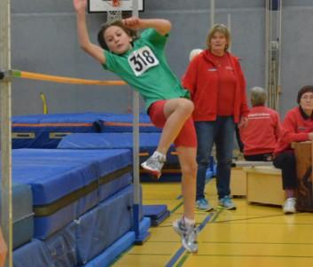 Tim Waterhölter (MTV Borstel/Sangenstedt) 1.Platz  im Hochsprung mit übersprungenen  1,30 m